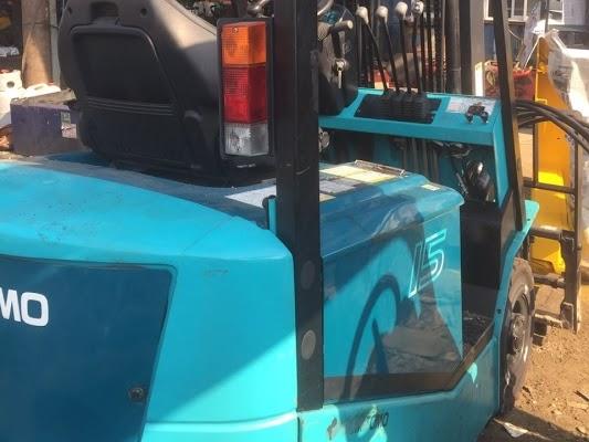 Sửa chữa xe nâng hàng Hóc Môn